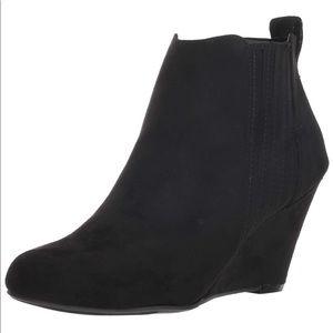 Report Women's Black Gavin Ankle Boot Wedges  8.5